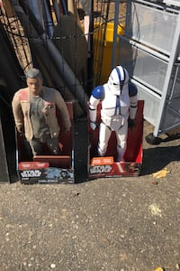 """Star Wars 18"""" action figures in the box"""
