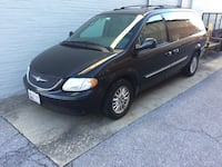 2004 Chrysler Town & Country Linganore