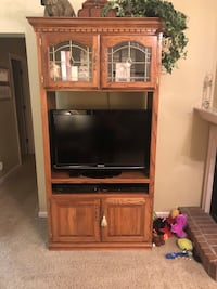 Entertainment center  Old Hickory, 37138