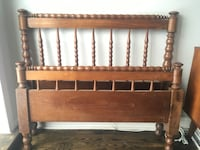Delivery - antique twin sized spool bed  Toronto, M9B 3C6