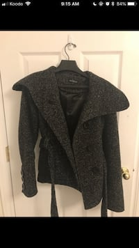 Women's coat Halifax, B4E 3K9