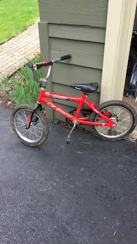 "16"" red/black Quest toddler bike Mettawa, 60048"