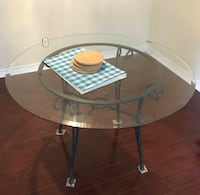 Round glass table with 6 chair Toronto, M2H 1V4
