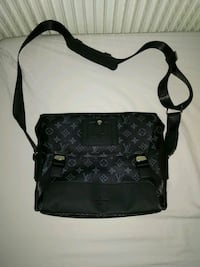 Sacoche Louis Vuitton Messenger Argenteuil, 95100