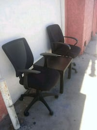 desk chair and nice table Long Beach, 90806