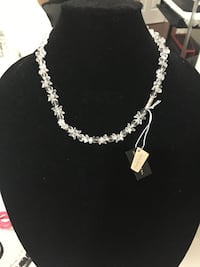 Swarovski crystal necklace  Toronto, M1B 1X6