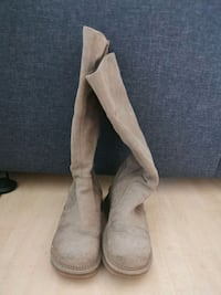 Zara suede woman boots. 38 size  Toronto, M9P 0A1