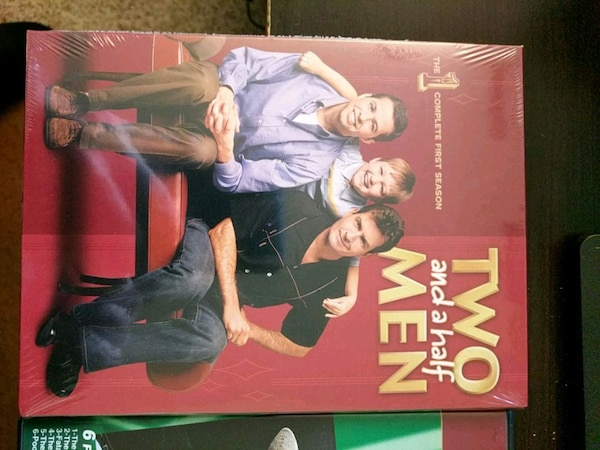 Two and a half men first season DVD new sealed