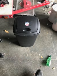 black and gray gas grill Mississauga, L5R 3G1