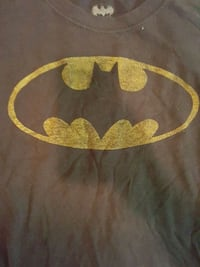 Weathered Batman Logo T-shirt Size M Arlington, 22204