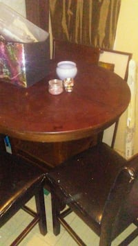 Round table (tall) and 4 chairs  St. Albert, T8N 0T8