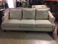 Great Looking Sofa Chantilly