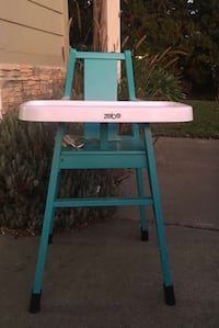 Zobo high chair with 2 NEW cushions