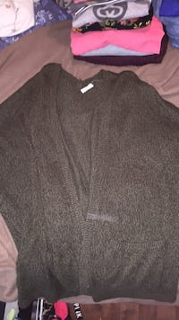 gray and white long-sleeved shirt Halifax, B3M 1S6