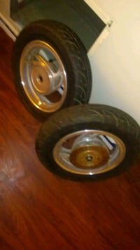 """10"""" 50cc scooter rim n tires Springfield, 01105"""