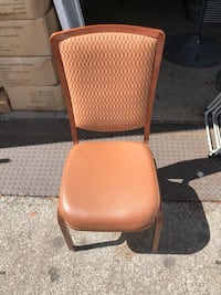 Nice brown chairs for sale  Pompano Beach, 33064