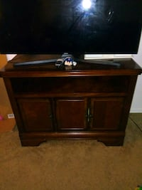 brown wooden TV stand only Wallingford, 06492