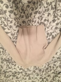 Aritzia wool knit sweater bought for $80 Calgary, T2C