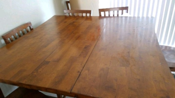 b8d834ecbc Used 8 Seater Dining Room Table with Leaflet for sale in Riverside - letgo