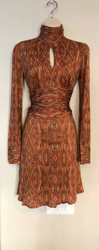 Like new retro style Nieves Lavi dress. Sz 4. Las Vegas, 89138