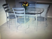 Glass table with 4 chairs Las Vegas, 89148