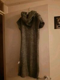brown and black scoop neck long sleeve dress Hounslow, TW4 7PL