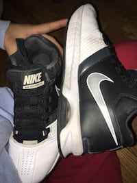 Pair of black-and-white nike basketball shoes Guelph, N1H 2J2