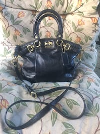Coach leather 3-way handbag  Pitt Meadows, V3Y 1M8