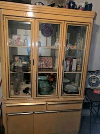 White wooden framed glass display cabinet Baltimore, 21223