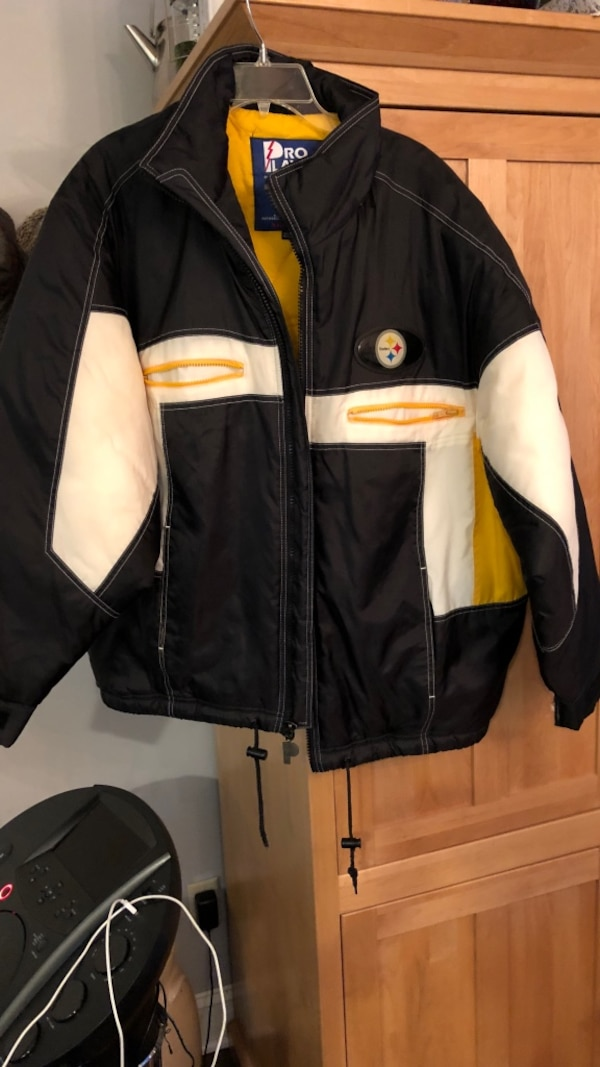 huge discount 764cf c39fe Pittsburgh Steelers jacket men large