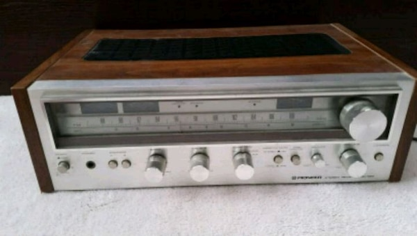 Vintage Pioneer SX-580 AM FM STEREO RECEIVER