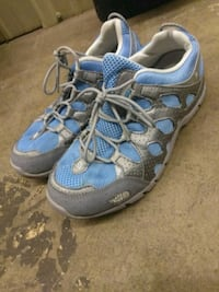 North Face Sneakers - Size 6 1/2