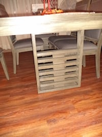 Dining room set with eight chair and two leaf  (Price Negotiable) - $700 (Newton)