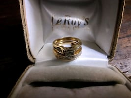 This is A 2 1/2 14 kt. Wedding set .