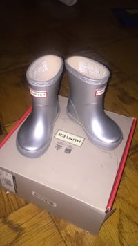 Hunter Boots Capitol Heights, 20743