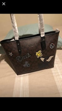 Coach large tote Anchorage, 99517