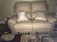 Brand new 3 piece leather recliner couch set Pickering, L1W 2G8