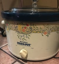 white and blue Rival Crock-Pot slow cooker Tucson, 85706