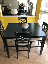 Kitchen Table w/Chairs Westfield, 46074