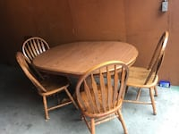 Table with 4 chairs leaf spring
