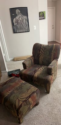 Arm Chair with ottoman Fairfax, 22030