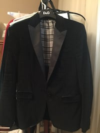 Black velvet Dolce gabbana size small made in Italy . Purchased at Bal harbour Miami for $1200  Toronto, M9L 2H9