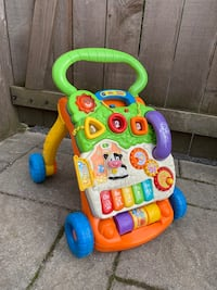 Vtech push toy sit to stand walker Chevy Chase, 20815