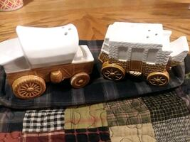 Salt & Pepper Shakers / covered wagon and stagecoach