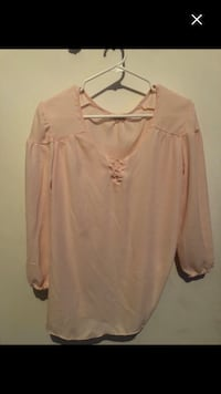 Nice light pink top size S woman  Montréal, H4E