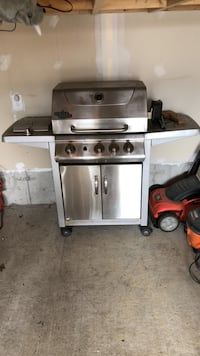 stainless steel gas grill with gas stove Ottawa, K2S 0J3