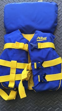 Blue and yellow life vest Coquitlam, V3K