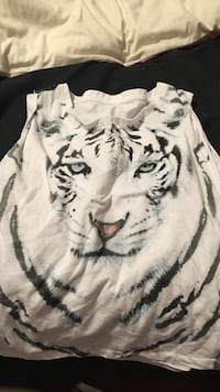 white tiger-printed tank top Airdrie, T4B 2S8