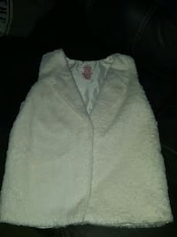 Girls fuzzy vest Columbia