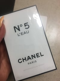 N5 Chanel Paris Perfume $135 worth. Completely brand new. Unopened with wrapper. Received it as a gift South San Francisco, 94080